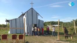 NPO Spirit 2015 Kerk op palen met doeken en plastic