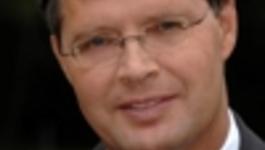 Brandpunt Reporter - Doet Het Kabinet Wat Het Belooft? Ter Gelegenheid Van Gehaktdag Legt Premier Balkenende Verantwoording Af.