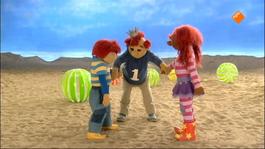 Het Zandkasteel - Een Lieve Aap