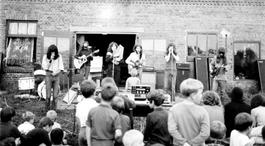 Het Uur Van De Wolf - Ccc Inc.: Hippies In De Peel