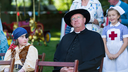 Father Brown The Mayor And The Magician