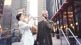 Jonge mensen op weg naar het concertpodium Carnegie Hall, New York met Noa Eyl (18) en Svjatoslav Presnyakov (18)