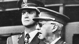 Andere Tijden - Bij De Dood Van Franco