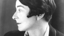 Close Up - Designer Eileen Gray - Terug Naar De Toekomst