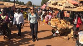 Floortje Naar Het Einde Van De Wereld - Guinee