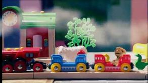 Tommie zingt over zijn trein