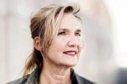 Kunststof - Claudia de breij, cabaretier