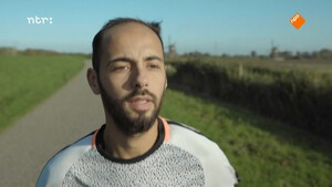 Karim pakt zijn kans