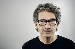 Kunststof - Pepijn Gunneweg, acteur