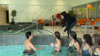 Brugklas - Zwemziek