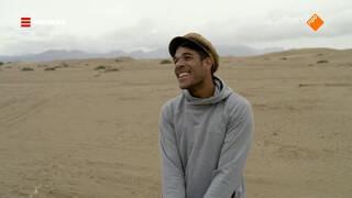 Maurice gaat sandboarden!