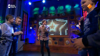JANIECK - DOES IT MATTER (Live @ Zapplive)
