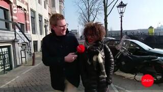 Jaïr loopt mee met Sylvana Simons van Bij1