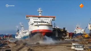 Directie Groningse rederij riskeert celstraf voor illegaal slopen oude schepen