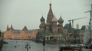 Schimmenspel - Poetins onzichtbare oorlog