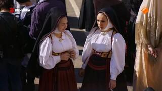 Chris viert het Festa di sant' Efisio op Sardinië