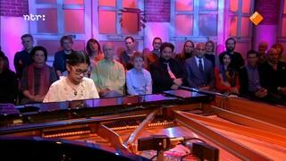 Drie jonge deelnemers Steinway Pianoconcours