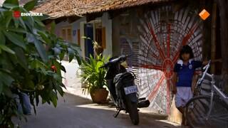 Chris bezoekt de wijk Boeung Kak Lake in Phnom Penh