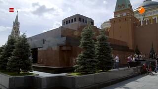 Maurice wandelt over het Rode Plein van Moskou