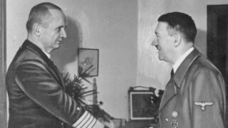 Andere tijden 2016 Andere Tijden Special: De Dagen na Hitler