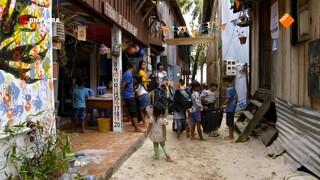 Chris bezoekt het eiland Koh Rong