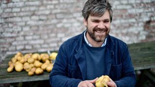 De Aardappeleters in de klas met Joris Vermeer. Hij zoekt naar de achtergronden van ons dagelijkse eten.