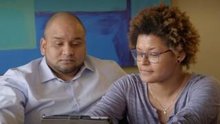 Jaqueline en Jeferson ontmoeten hun moeder uit Brazilië