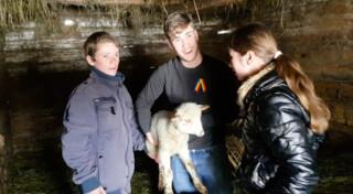 De Ierse Thomas ontmoet zijn familie in Roemenië