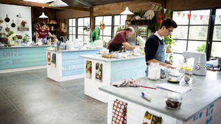 The Great Australian Bake Off - Retro