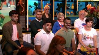 Voetbalfans van Rusland en Saoedi-Arabië aan de bar