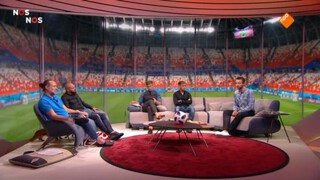 Nos Wk Voetbal - Australië - Peru Of Denemarken - Frankrijk, 2de Helft