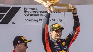 Bandenfluisteraar Verstappen wint GP Oostenrijk