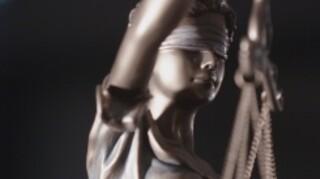 Zembla - Zakendoen Met Justitie