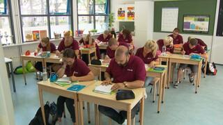 Een Klas Vol Ouders - Terug In De Schoolbanken