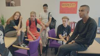 Brugklas - Inbreken Op School