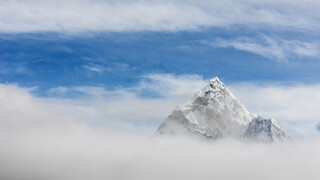 Mountains - Life Above the Clouds Himalaya