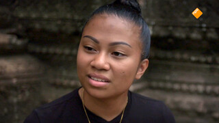 Spoorloos - Khomkham Wacht Verrassing In Thailand