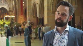 Roderick Zoekt Licht - Hart Van De Bavo