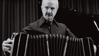 Close Up - Astor Piazzolla - Tanguedia