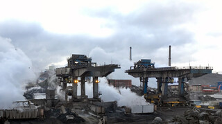 De Monitor - Staalfabriek Tata Steel Zorgt Voor Onrust Bij Omwonenden