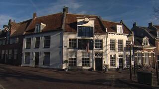 BinnensteBuiten Huis in monument Amersfoort, Alain proeft vegan kaas in Zutphen