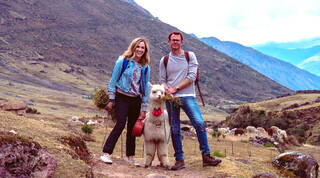 Travel with a goat De alpaca