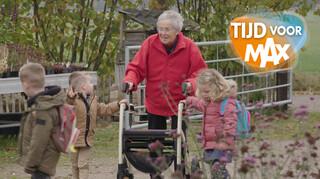 Tijd Voor Max - Kleuters Helpen Ouderen
