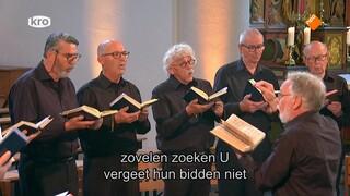 Eucharistieviering - Eurovisieviering Hoogfeest Maria Tenhemelopneming Puy-en-velay, Frankrijk