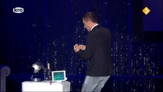 Oudejaarsshow Guido Weijers De oudejaarsconference