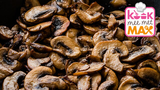 Kook mee met MAX Galette met champignons en geroosterde spruitensalade