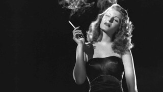 Close Up Rita Hayworth - And men created the goddess