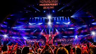 Sterren Muziekfeest Op Het Plein - Muziekfeest Van Het Jaar 2019