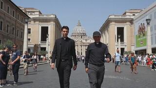 Roderick Zoekt Licht Buurman van de Paus