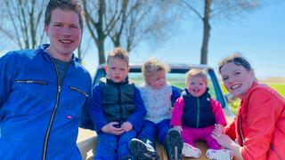 Boer zoekt Vrouw Yvon gaat naar boer Henk, boer Marnix en ziet boerin Steffi